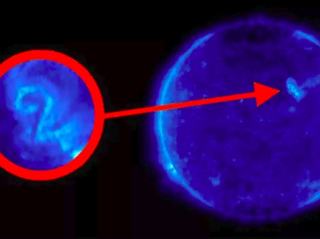 Tanda di Matahari Ini Disebut Pesan dari Alien Untuk Manusia