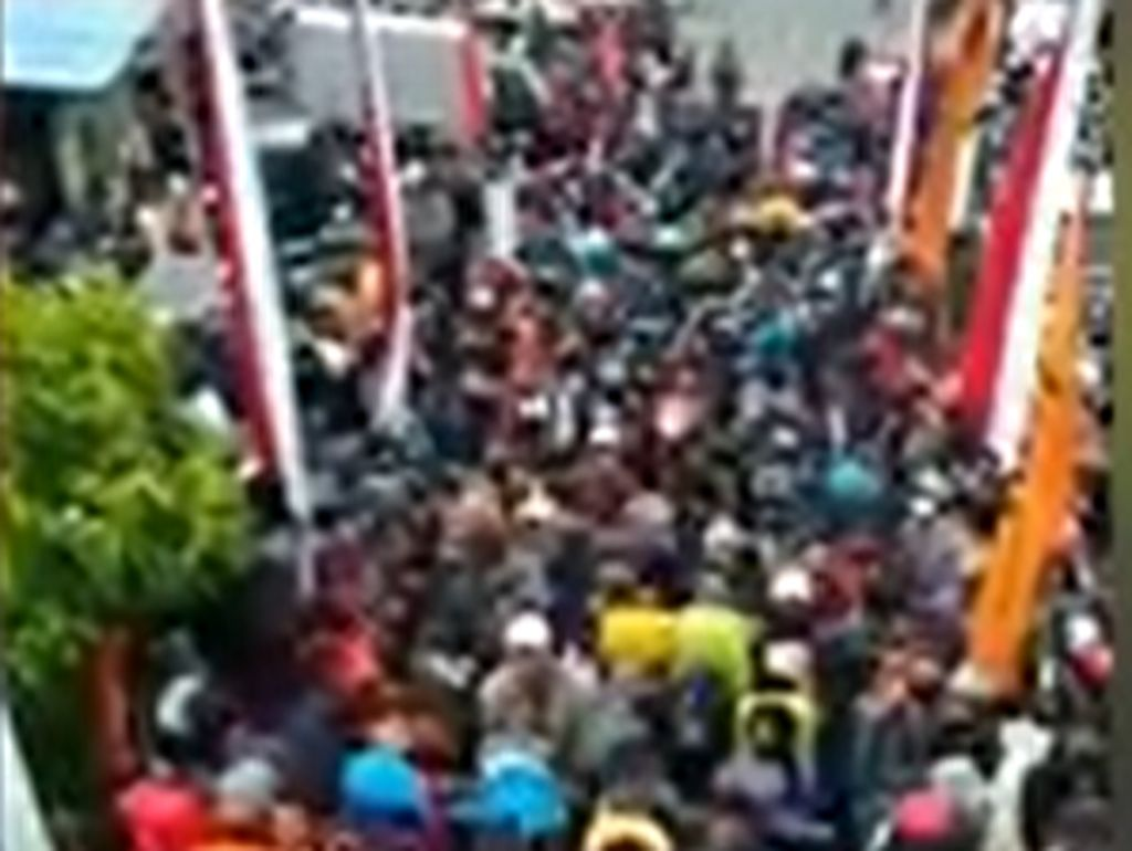 Pendaki Gunung Lawu Membludak di Perayaan 17 Agustus