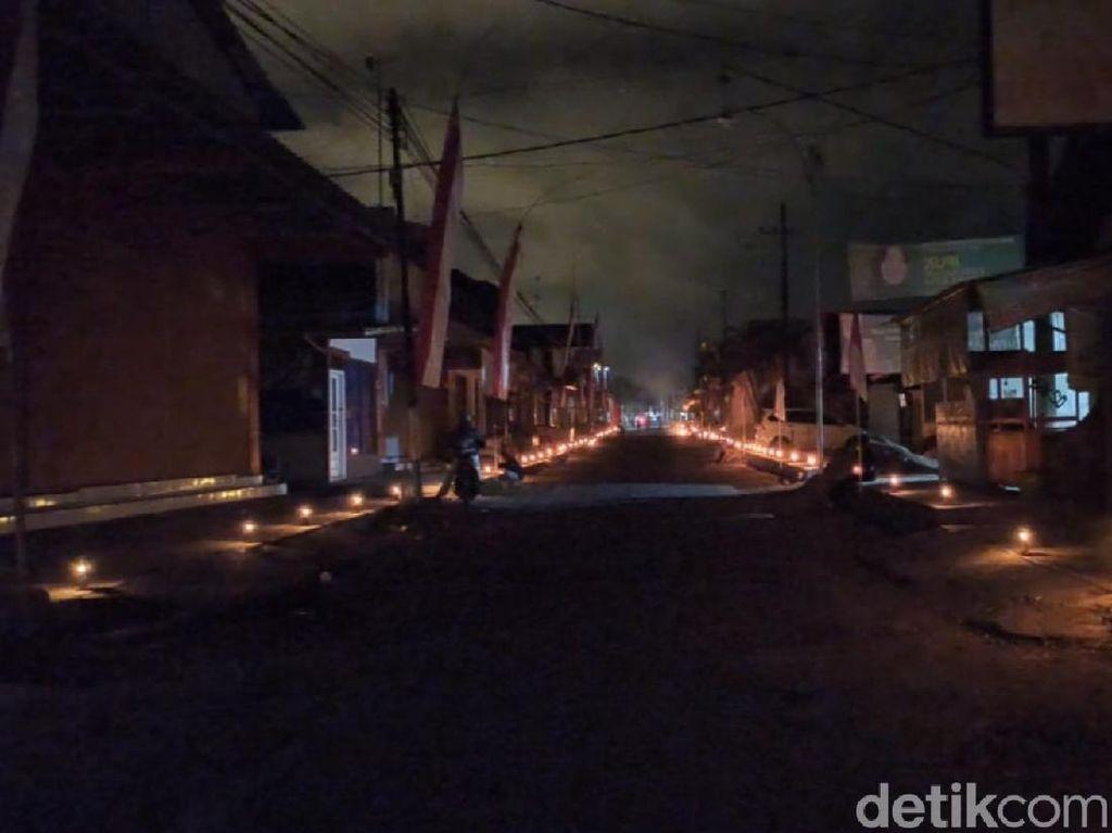 Desa di Banyuwangi Nyalakan 7.500 Lampu Minyak Peringati HUT RI ke-75