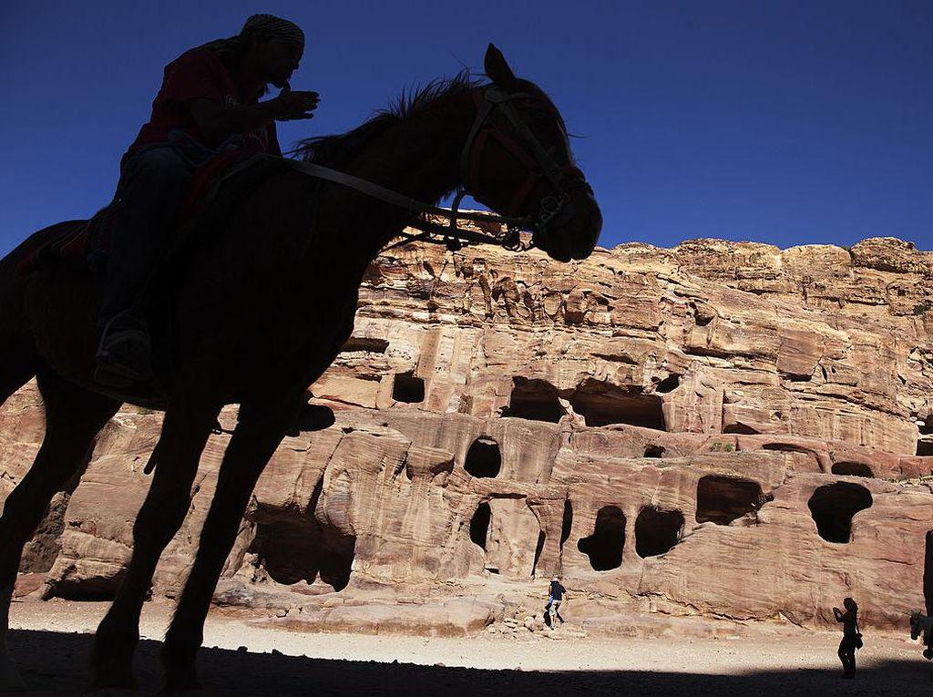 Yordania Tak Lagi Wajibkan Turis untuk Karantina