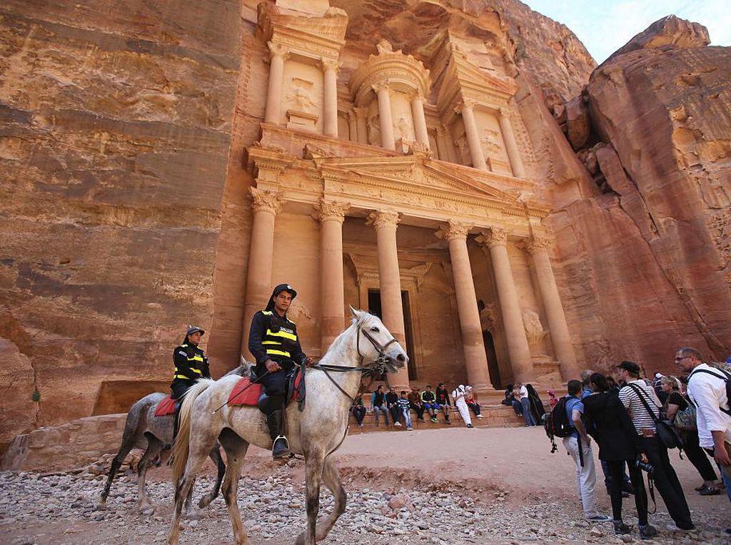 Yordania Panggil Kembali Turis untuk Liburan