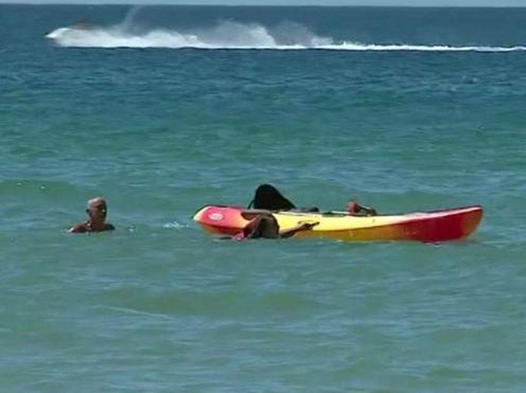 Heroik! Presiden Portugal Selamatkan Turis yang Hampir Tenggelam