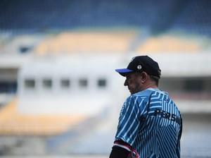 Jadwal Baru Dadakan Buat Pelatih Persib Bandung Kehilangan Kata-kata