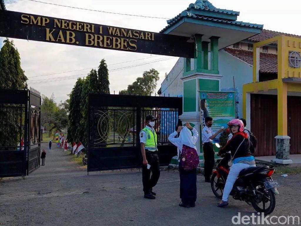 SMPN 1 Wanasari Brebes Larang Siswa dari 3 Desa Ini ke Sekolah, Mengapa?