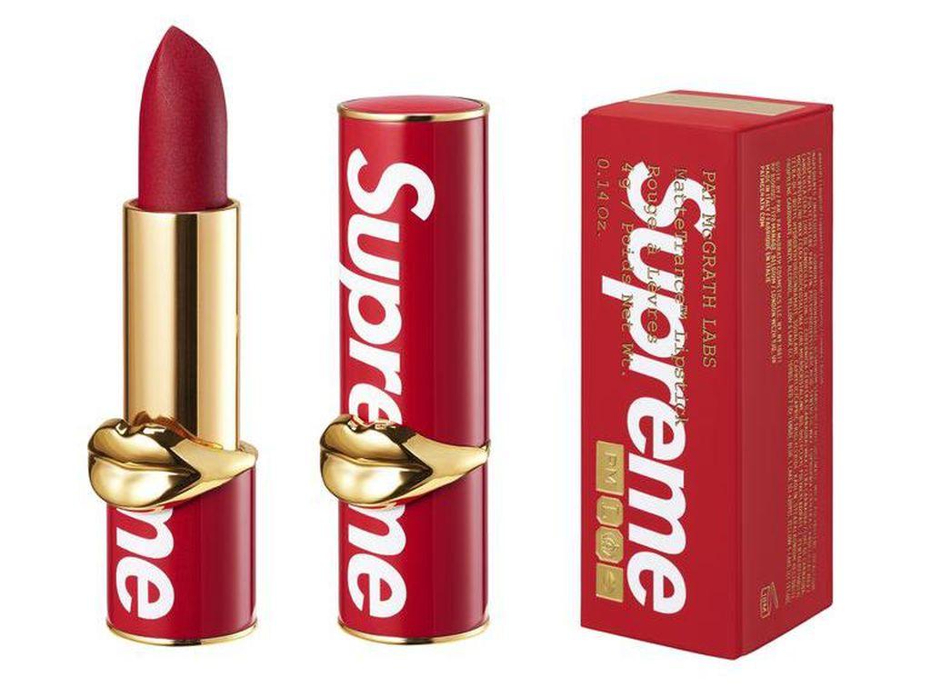 Supreme Rilis Lipstik untuk Pertama Kalinya