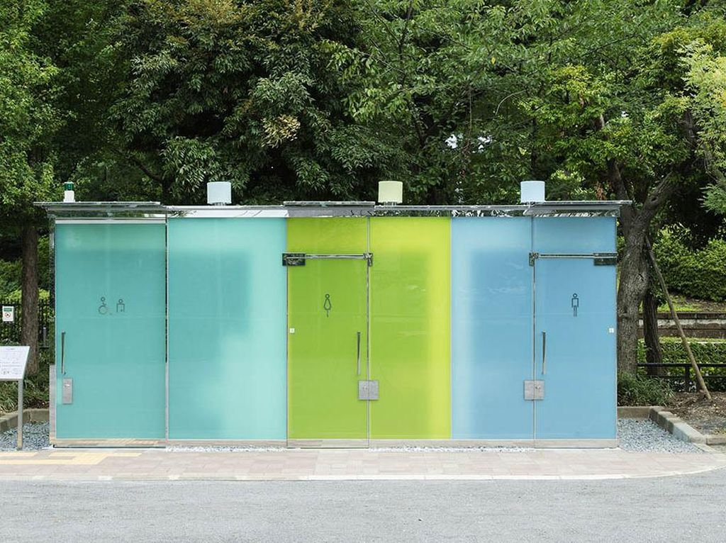 Shibuya Punya Toilet Transparan