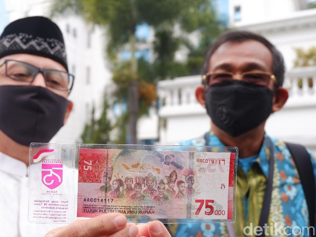 Fakta di Balik Tudingan Baju Adat China pada Uang Rp 75 Ribu