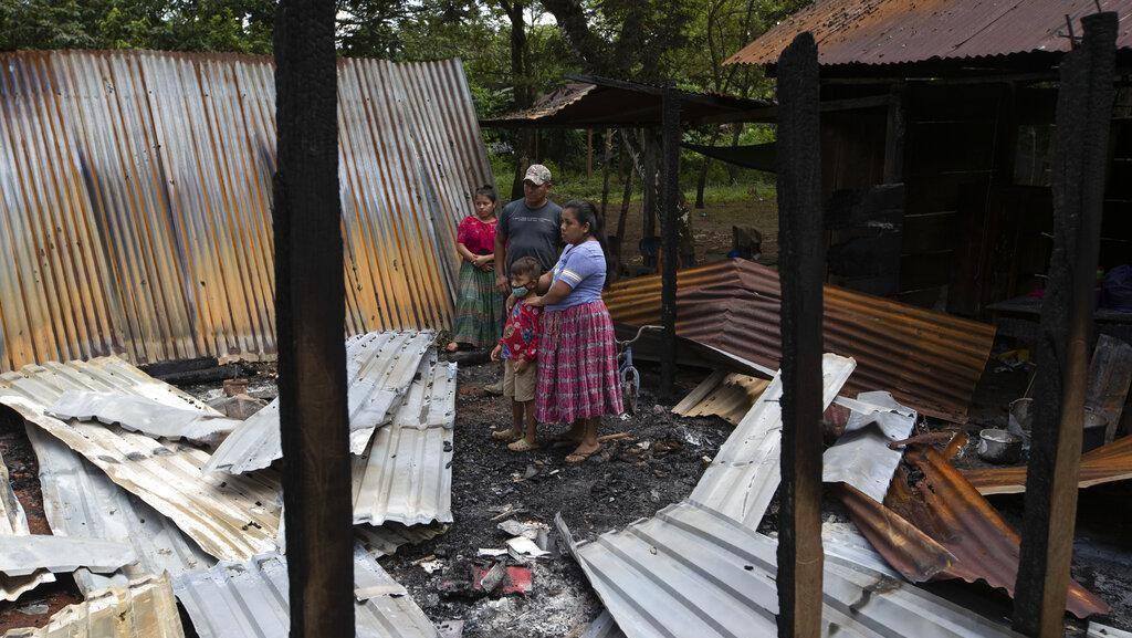 Pasca Serangan Kelompok Bersenjata, 40 Rumah Adat Guatemala Rusak