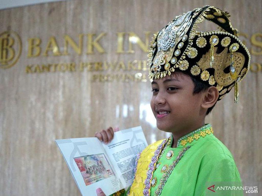 Cerita Pemotretan Rahasia Anak Berbaju Adat di Uang Baru Rp 75.000