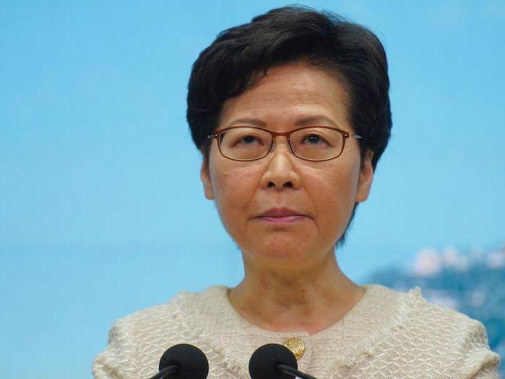 Rekening Diblokir AS, Pemimpin Hong Kong Timbun Uang di Rumah