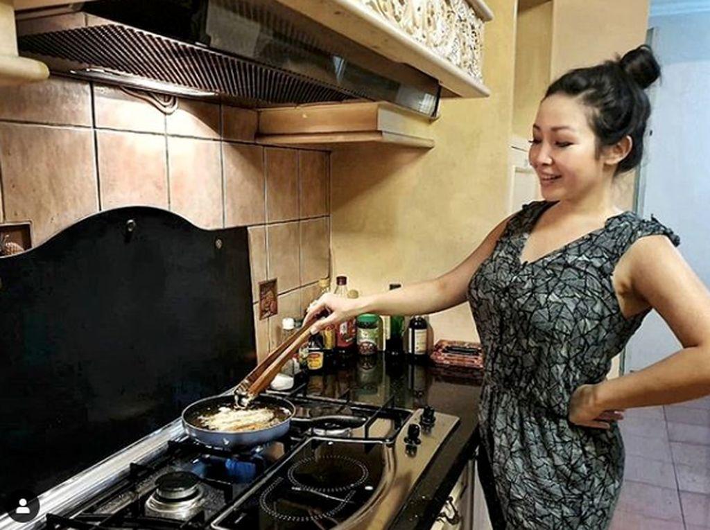 Perempuan Harus Pinter Masak? Begini Kata Chef Marinka
