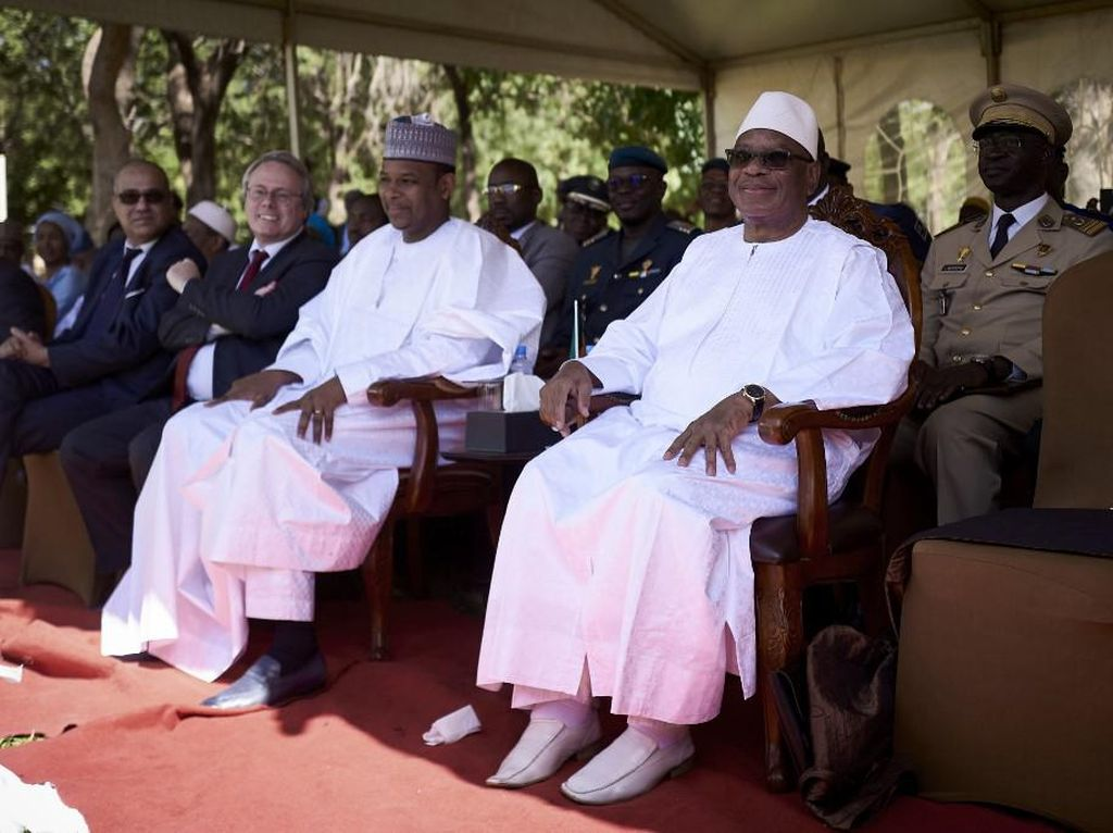 Presiden dan PM Mali Ditahan Kelompok Pemberontak