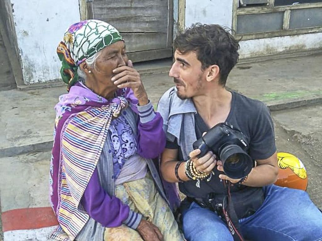 Kepincut Indonesia, Bule Prancis Jepret Kekayaan Budaya sampai Warganya