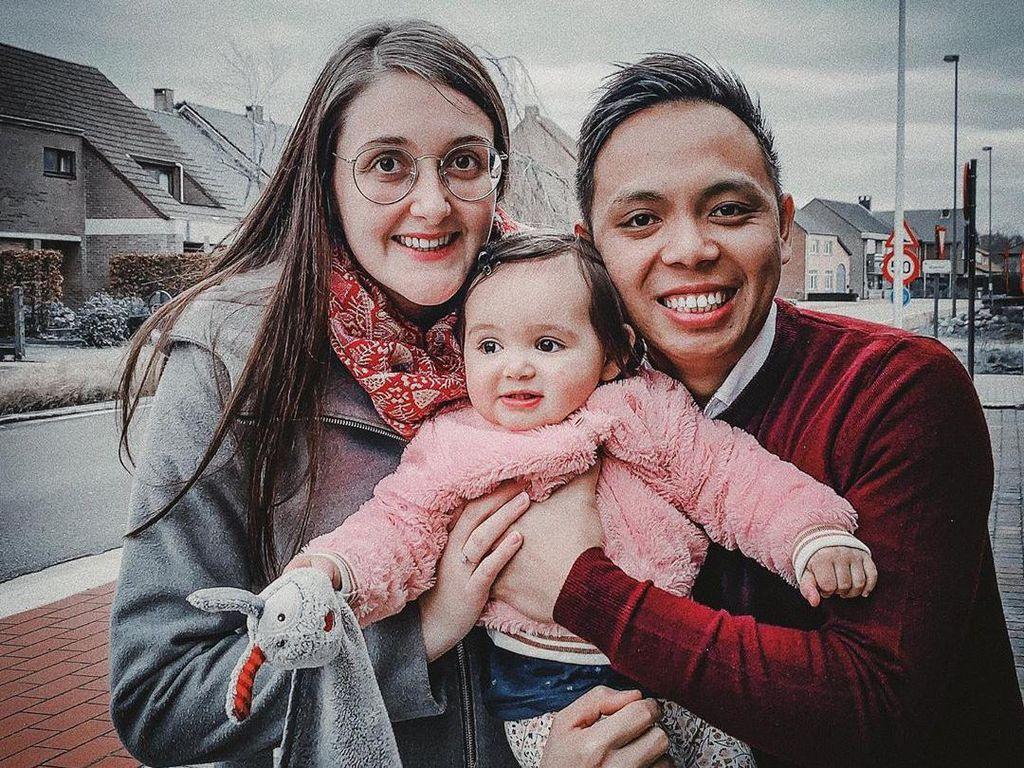 Kisah Manis Bule Belgia Jatuh Cinta hingga Dinikahi Sopir Angkot di Bandung
