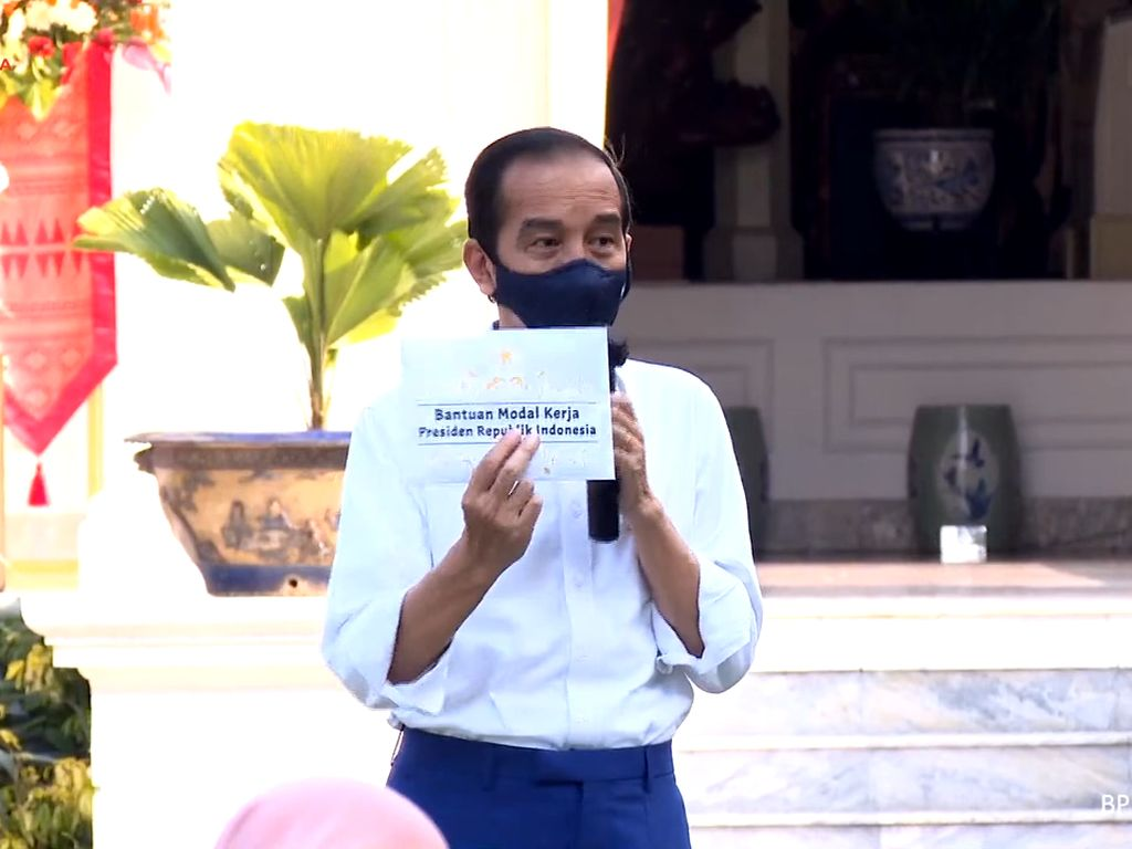 Minggu Depan Cek Rekening, Siapa Tahu Dapat Rp 2,4 Juta dari Jokowi