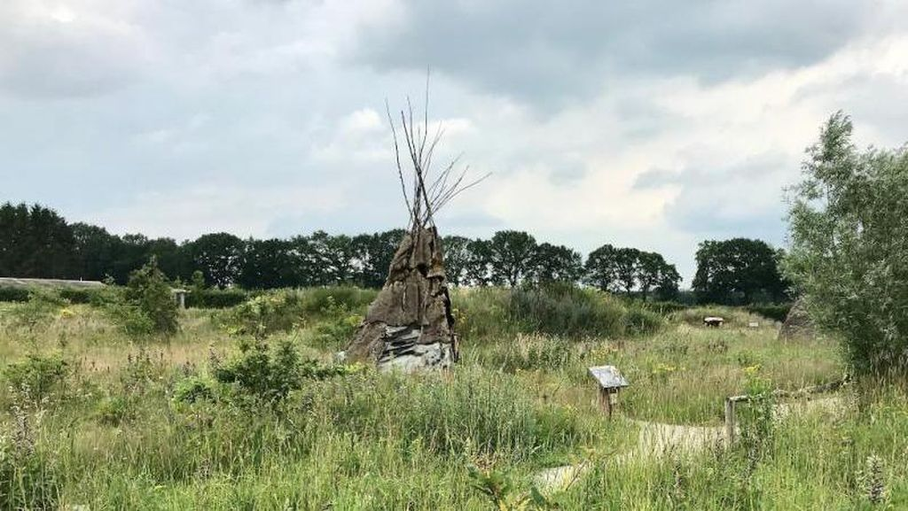 Gubug Kerucut, Model Rumah Penduduk Belanda Zaman Dulu