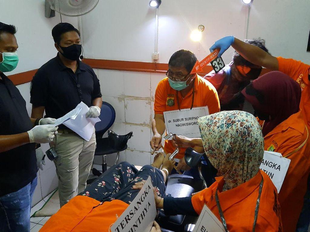 Video Rekonstruksi Klinik Aborsi di Jakpus, 41 Adegan Diperagakan