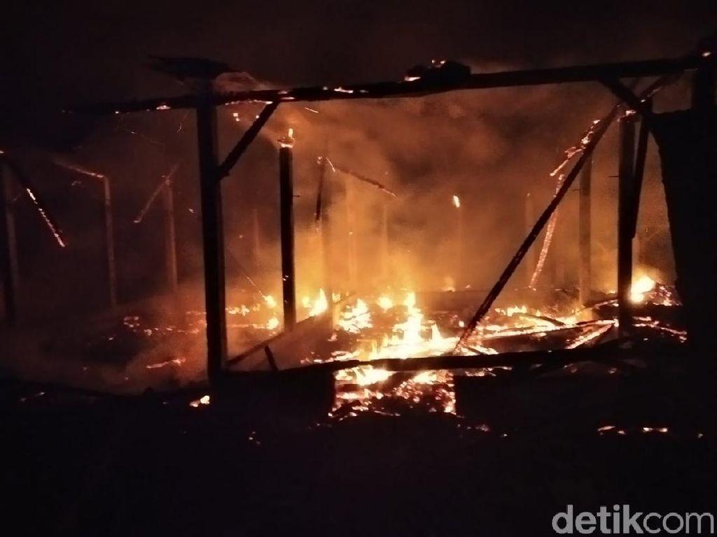 Tiga Rumah di Tulungagung Ludes Terbakar, Kerugian Rp 160 Juta
