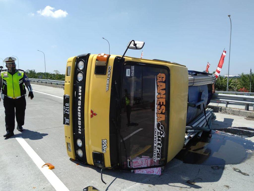 Banyak Kecelakaan Truk karena Ban Pecah, Pahami Pentingnya Tekanan Angin