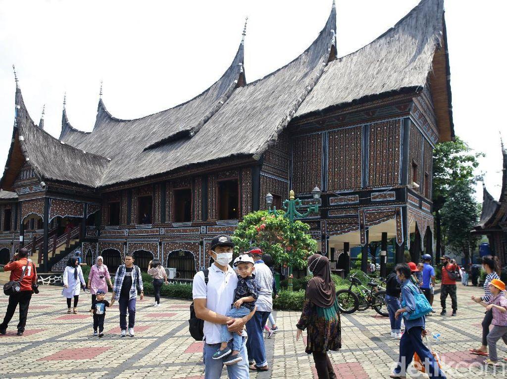 Daftar Keluarga Soeharto di Yayasan Harapan Kita yang Kuasai TMII
