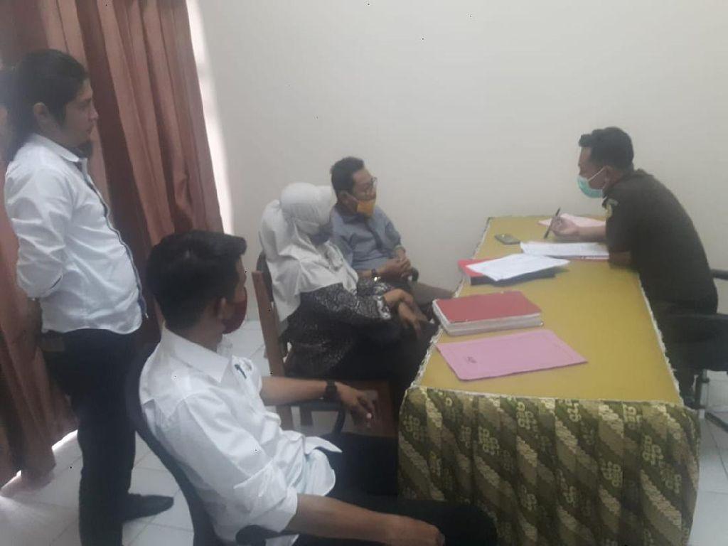 Berkas Anggota DPRD Donggala Pengelola Tambang Ilegal Diserahkan ke Kejari