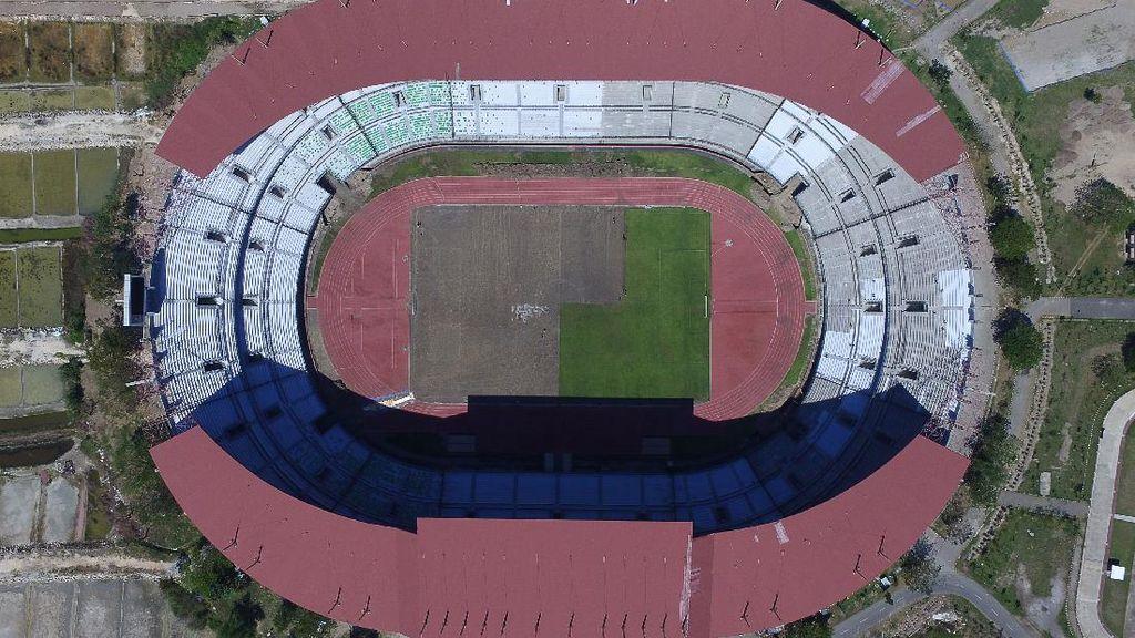 Stadion Gelora Bung Tomo Bersolek Sambut Piala Dunia U-20