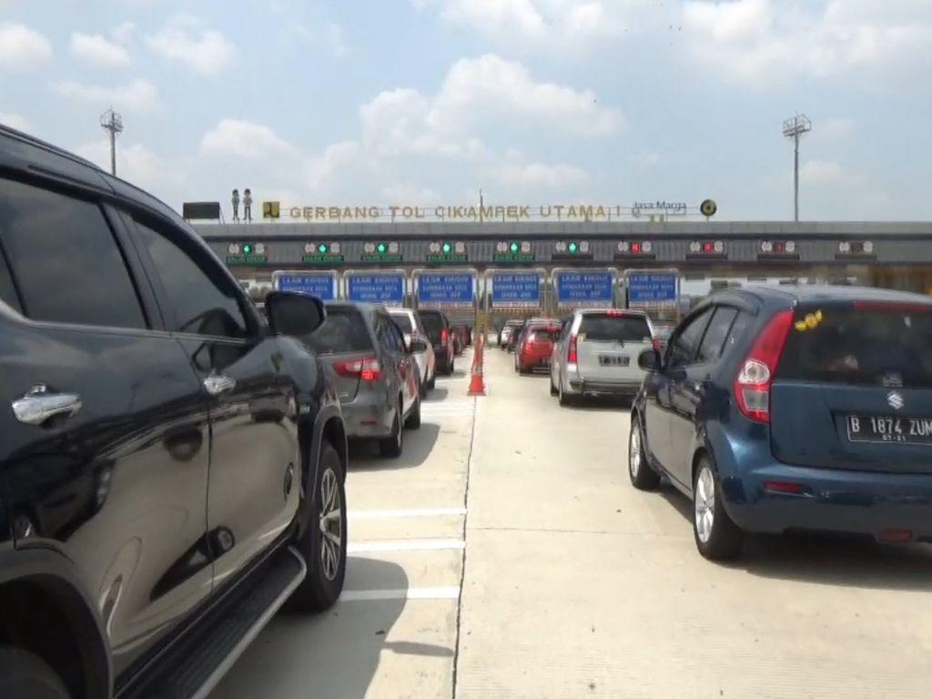 Video Volume Kendaraan Arus Balik Long Weekend ke Jakarta Naik 41,4%