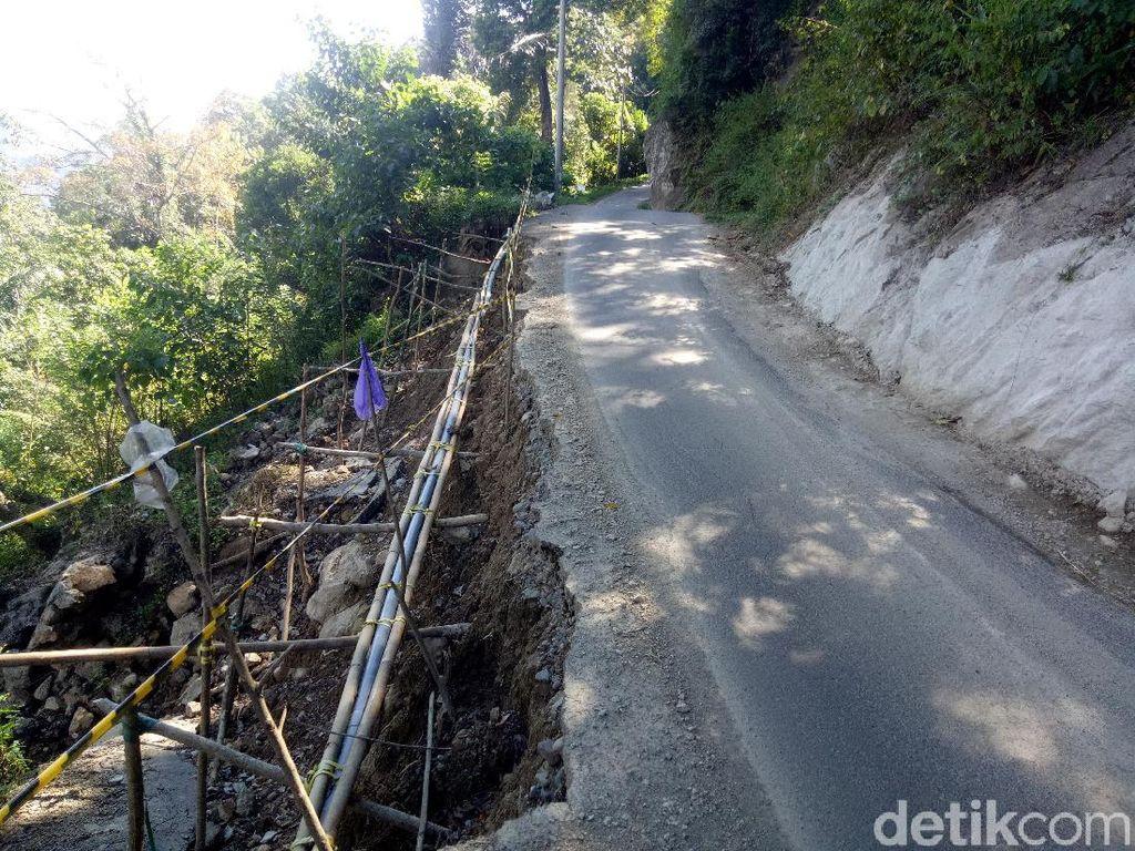 Tolong! Jalur Maut 3 Desa Sinjai Barat Sulsel Ini Rusak dan Berbahaya