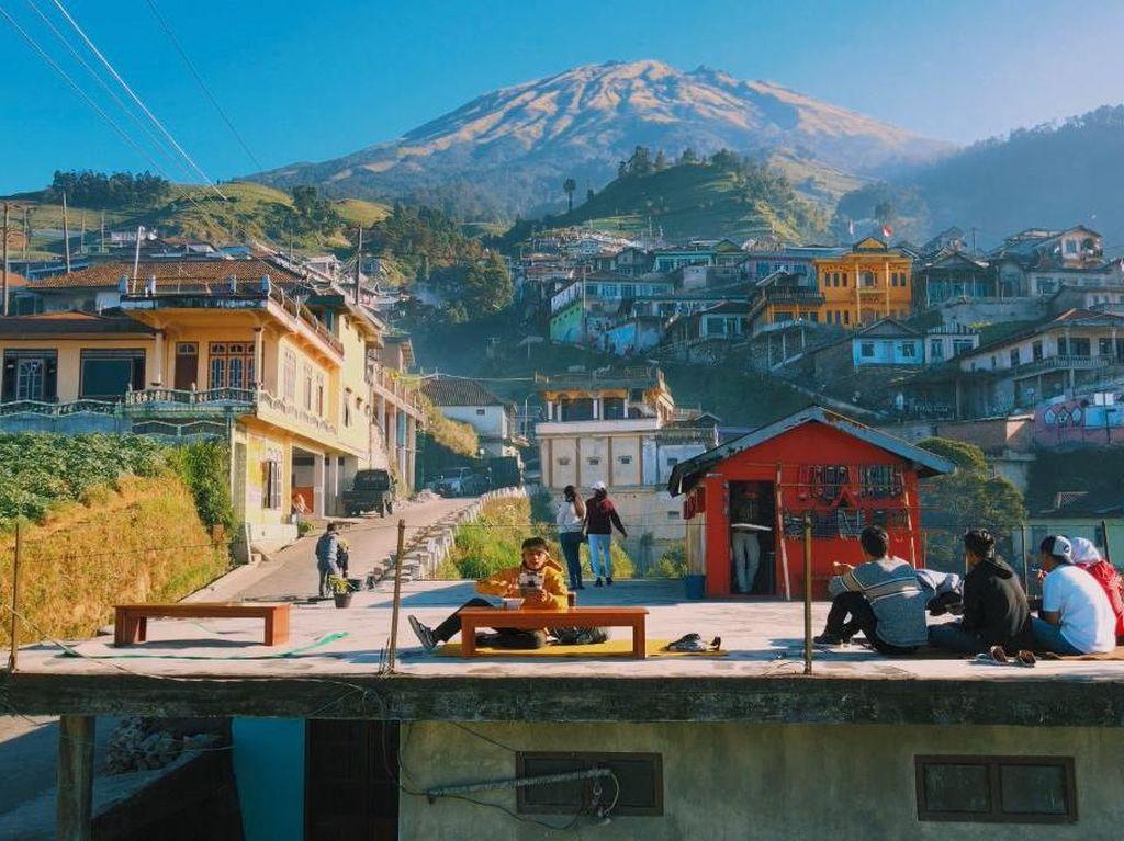 Ini Dia Sosok di Balik Video Nepal di Kaki Gunung Sumbing