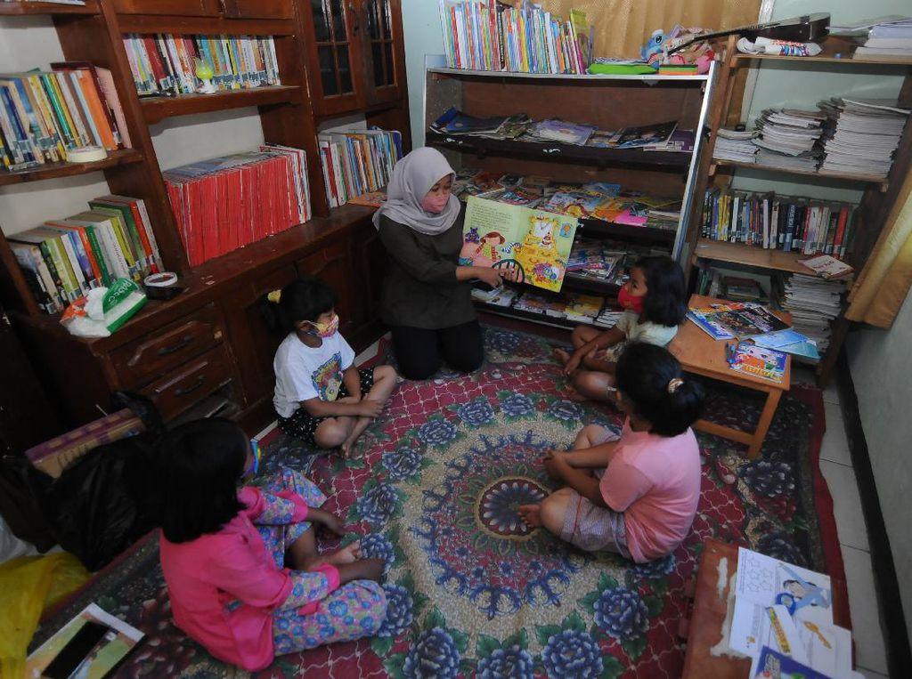 Perpustakaan Pojok Rumah Warga untuk Tingkatkan Minat Baca