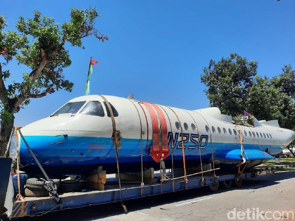 Ini Penampakan Pesawat N250 Karya Habibie yang Tiba di Museum TNI AU Yogya