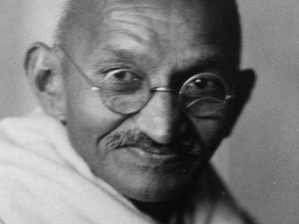 Fantastis! Kacamata Mahatma Gandhi Terjual Senilai Rp 5 Miliar