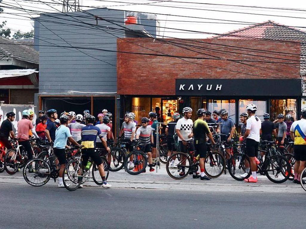 5 Kafe Tema Sepeda yang Bisa Jadi Tempat Santai Usai Gowes
