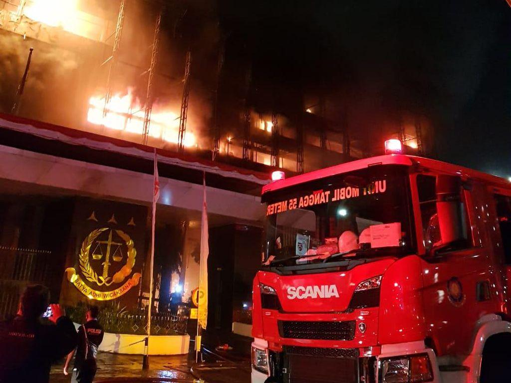 Kebakaran di Gedung Kejaksaan Agung, Jaksa Agung: Tahanan Aman