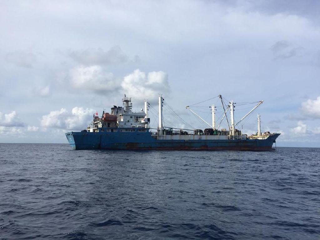 Kementerian Luhut Jawab Desakan Setop Kirim ABK ke Kapal China