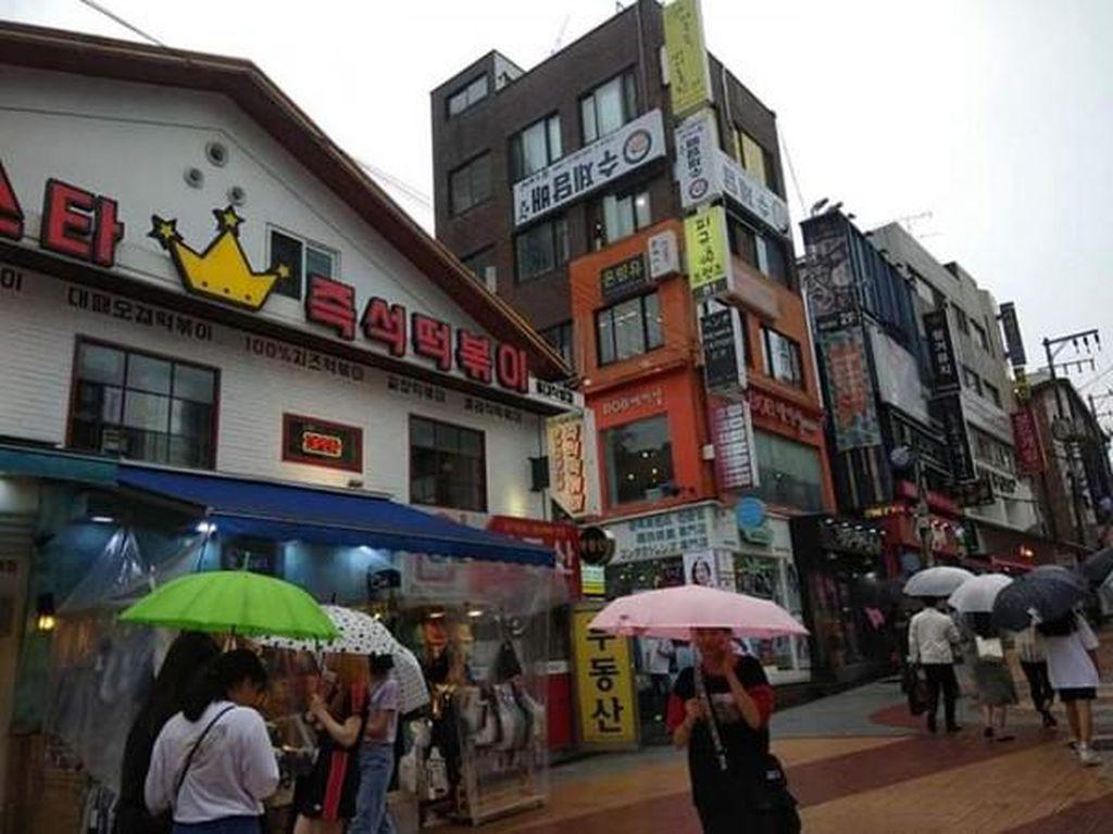Begini Hiruk Pikuk Kawasan Hongdae Seoul, Apa Istimewanya?