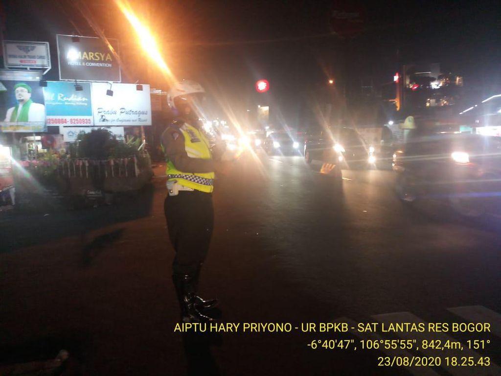 Lalin di Puncak Bogor Sudah Normal Dua Arah Malam Ini, Polisi: Situasi Lancar