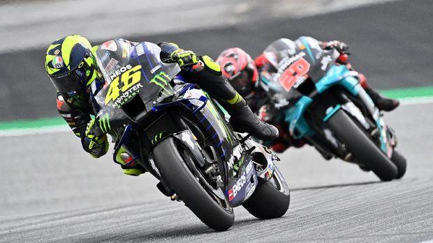 Monster Energy Yamaha's Italian rider Valentino Rossi steers his bike during the MotoGP Styrian Grand Prix on August 23, 2020 at Red Bull Ring circuit in Spielberg bei Knittelfeld, Austria. (Photo by Joe Klamar / AFP)