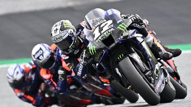 Monster Energy Yamaha' Spanish rider Maverick Vinales steers his bike during the MotoGP Styrian Grand Prix on August 23, 2020 at Red Bull Ring circuit in Spielberg bei Knittelfeld, Austria. (Photo by Joe Klamar / AFP)