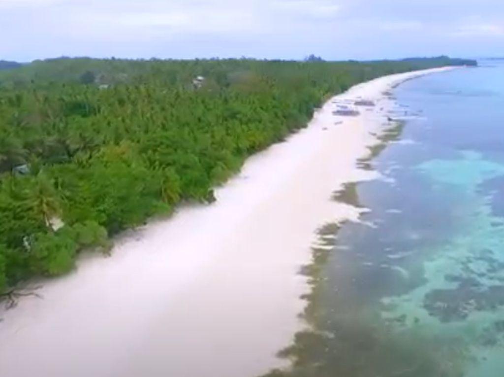 Celebrity on Vacation: Surga Tersembunyi di Indonesia