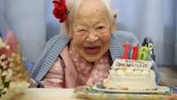 Bikin Panjang Umur, 8 Makanan Ini Jadi Santapan Orang Tertua di Dunia