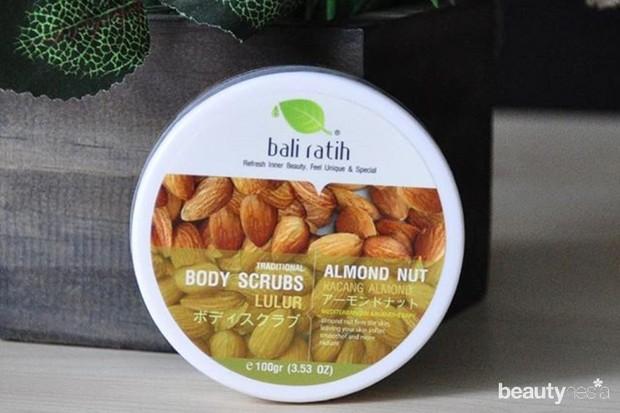 salah satu body scrub lokal terbaik yaitu dari Bali Ratih