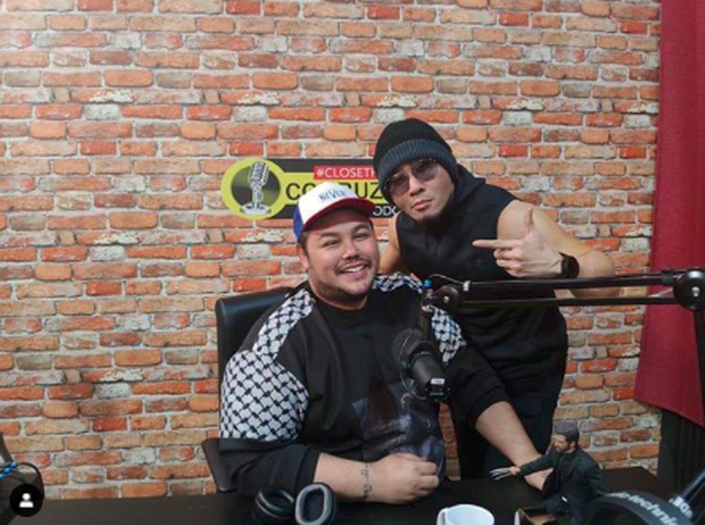 Billboard Podcast Deddy Corbuzier Terpampang di Jalan, Ivan Gunawan Sewot