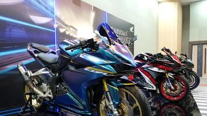 Inspirasi Modifikasi CBR250RR SP Quick Shifter, dari Elegant sampai Low Rider