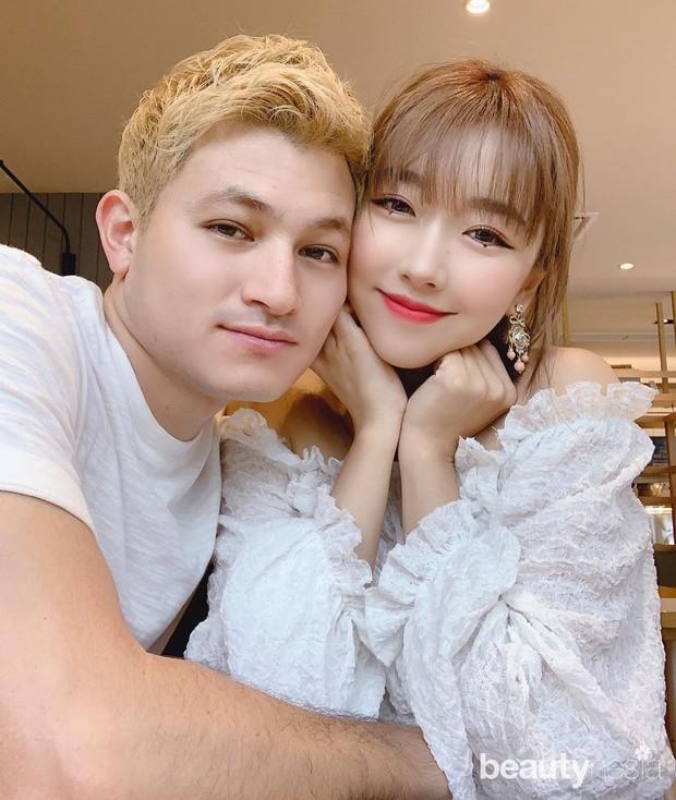 Hubungan asmara Sunny Dahye dan Chris Oktano telah berjalan sekitar setahun, tapi kedua mantap menuju ke jenjang pernikahan.