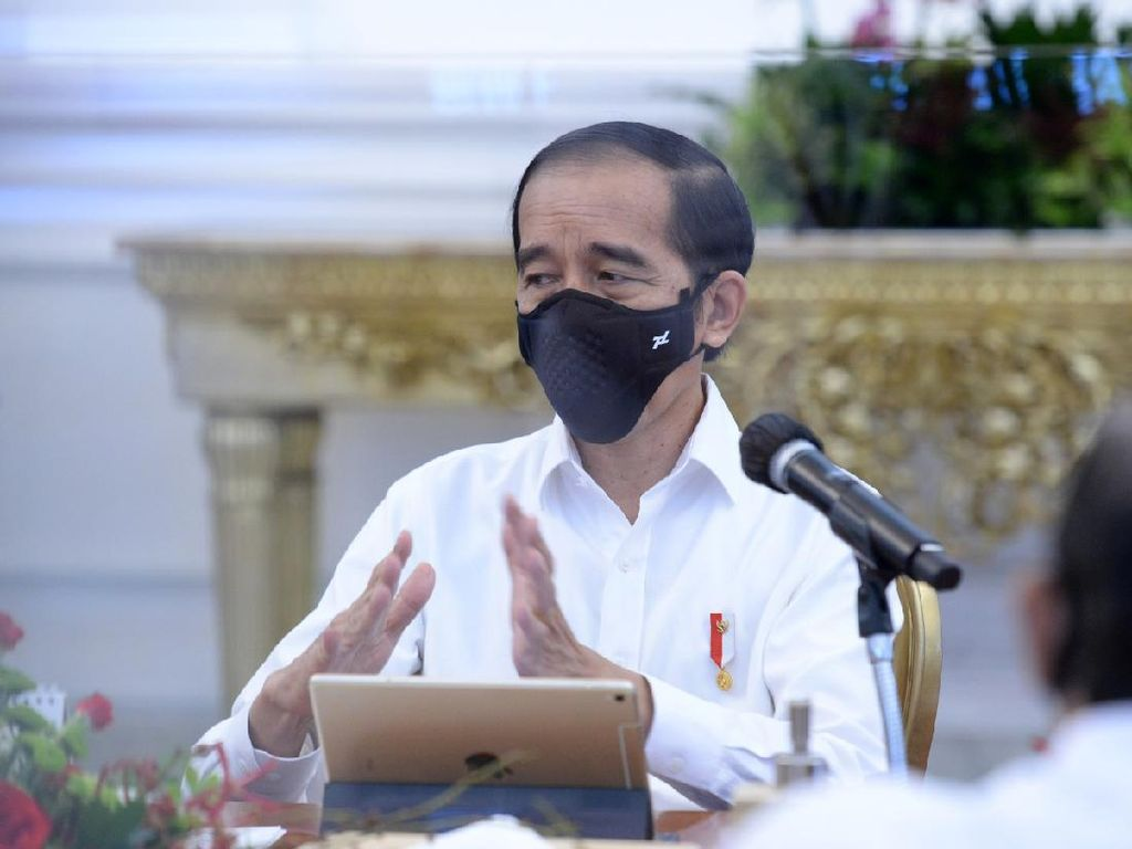 Jokowi: Pemakaian Masker Kunci Sebelum Ada Vaksinasi
