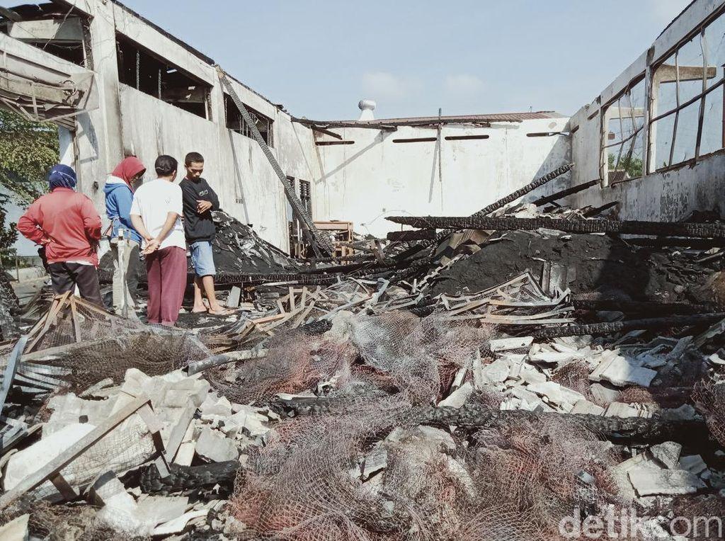 Pabrik Briket Arang di Klaten Ludes Terbakar