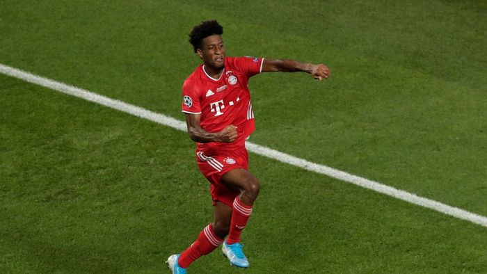 LISBON, PORTUGAL - AUGUST 23: Kingsley Coman of FC Bayern Munich celebrates after scoring his teams first goal  during the UEFA Champions League Final match between Paris Saint-Germain and Bayern Munich at Estadio do Sport Lisboa e Benfica on August 23, 2020 in Lisbon, Portugal. (Photo by Manu Fernandez/Pool via Getty Images)