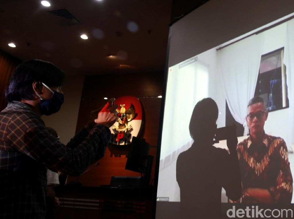 Hakim Tak Cabut Hak Politik Eks Komisioner KPU Wahyu Setiawan