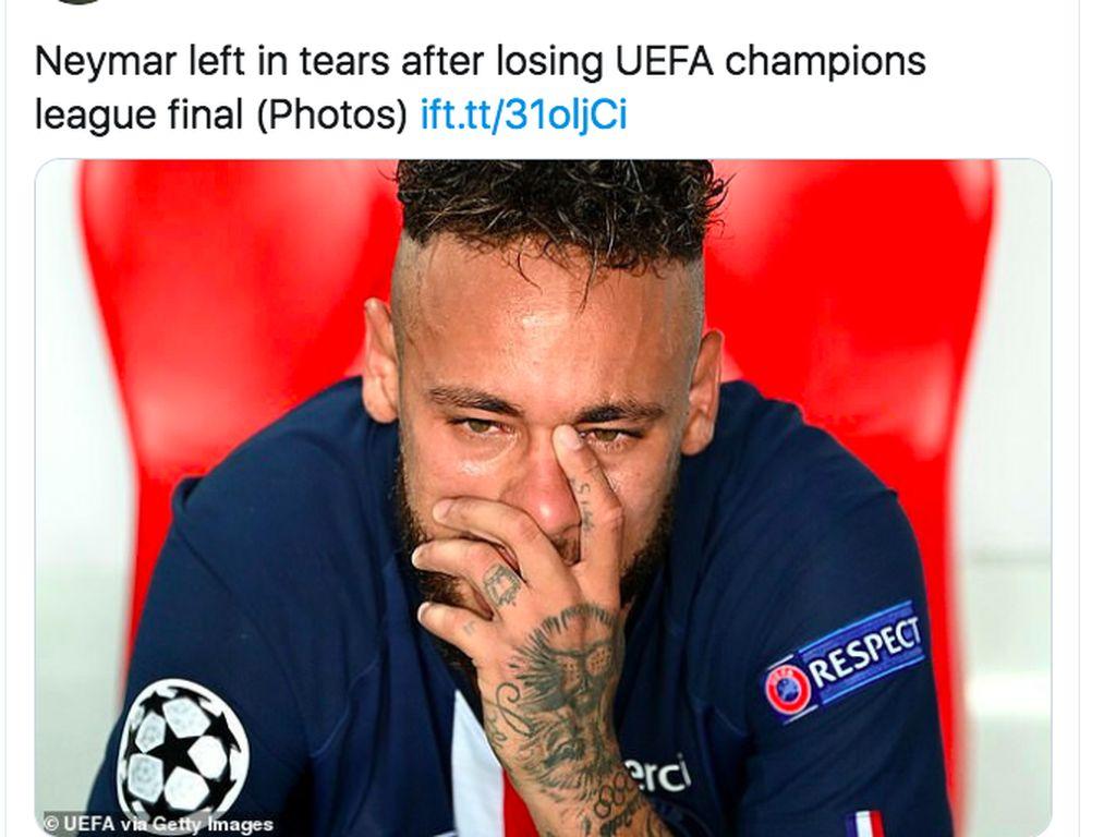 Video Neymar Nangis Usai PSG Gagal Jadi Juara Liga Champions